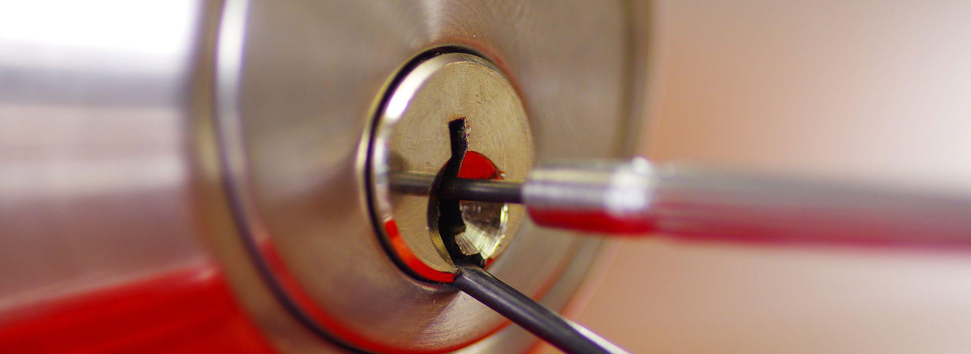 réparation de serrure, changement de serrure, remplacement de serrure, serrurier d'urgence, dépannage d'urgence